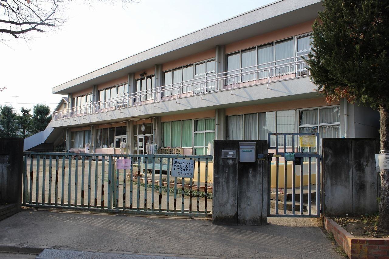 幼稚園・保育園徒歩4分(約300m)