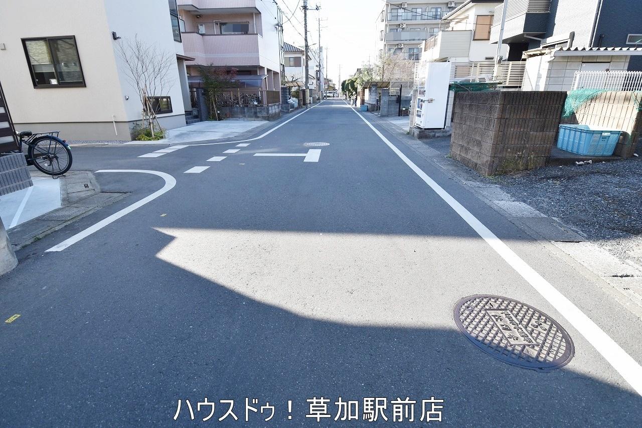 草加駅より徒歩7分です!