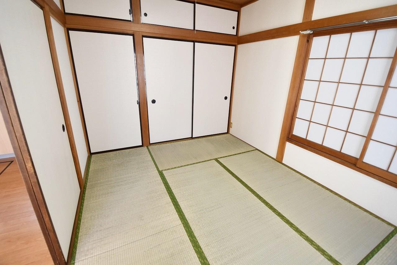 すぐに横になれる和室は寛ぎの空間♪