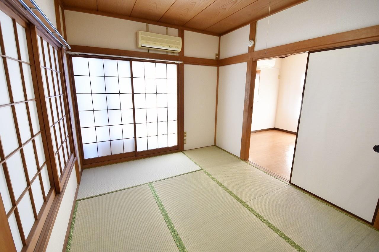 6畳の和室は収納付きです♪