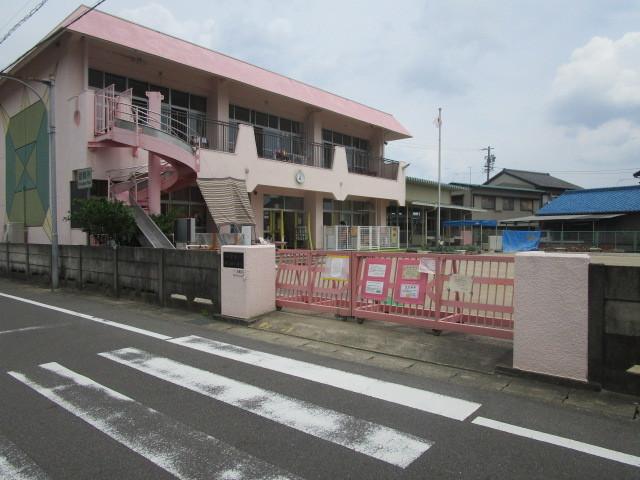 幼稚園・保育園徒歩5分(約350m)