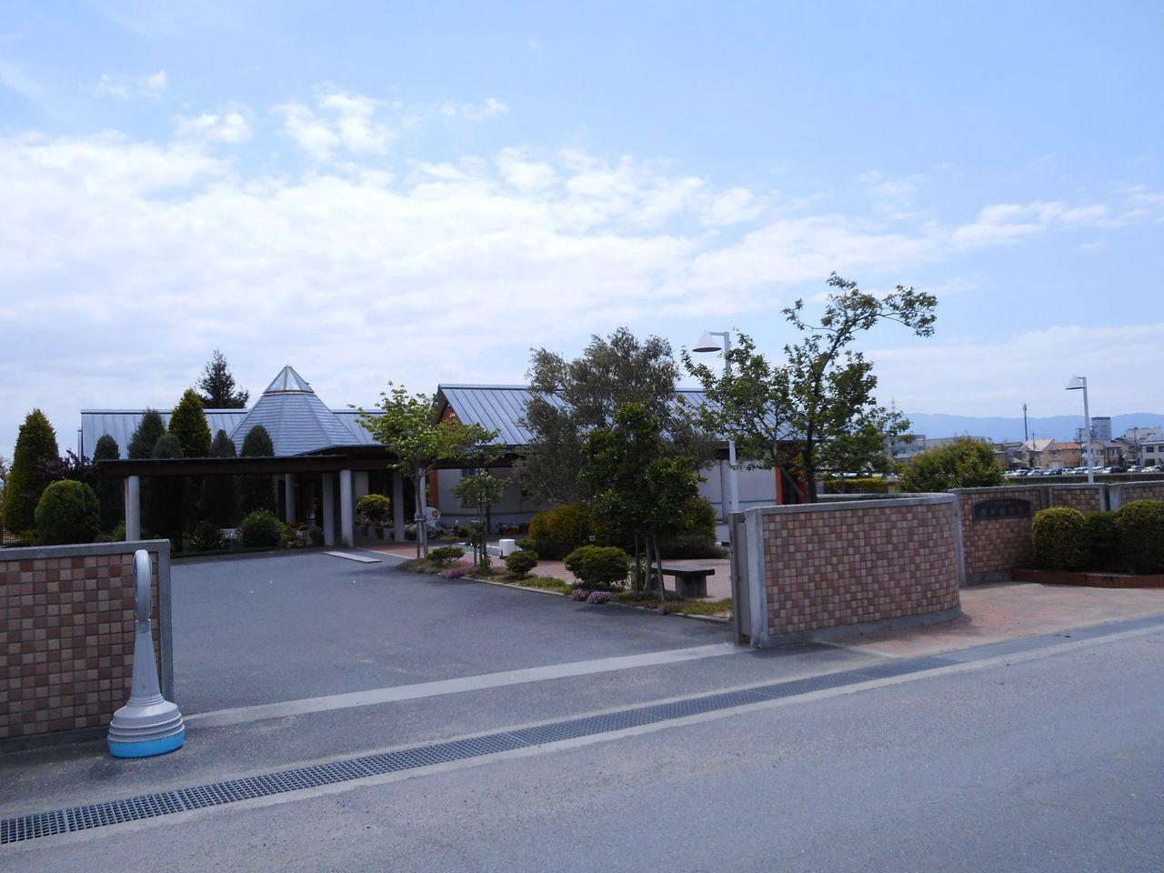 幼稚園・保育園徒歩18分(約1400m)