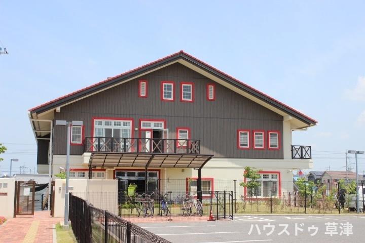 幼稚園・保育園徒歩7分(約500m)