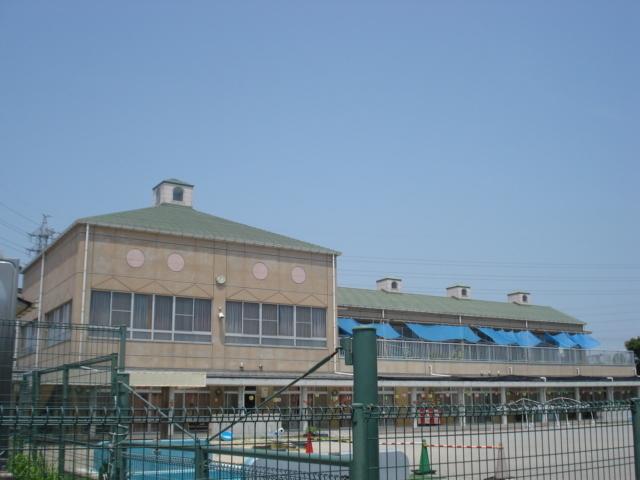 幼稚園・保育園徒歩13分(約1000m)