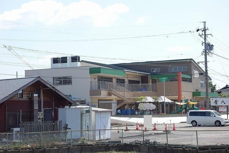 幼稚園・保育園徒歩12分(約930m)